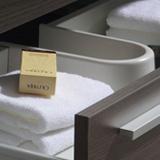 Meuble salle de bain tiroirs Blum